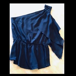 Navy blue one-sleeve cocktail blouse